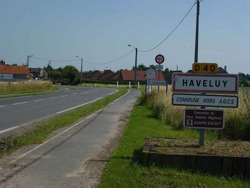 Haveluy (Nord, Fr) city limit sign