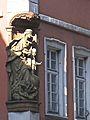 Heidelberger Altstadt, Madonna auf der Weltkugel, Barock Skulptur an einem Anwesen auf der Hauptstrasse Heidelberg .jpg