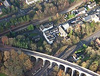 Hengoed, The Junction public house and Hengoed viaduct.jpg