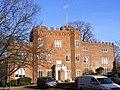 Hertford castle late 15th C gatehouse.jpg