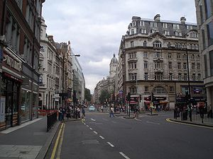 A40 road in London - Image: High Holborn 1