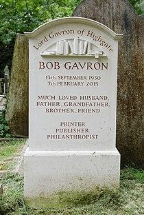 Highgate Cemetery - East - Gavron 02.jpg
