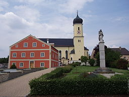 This is a photograph of an architectural monument.It is on the list of cultural monuments of Eichstätt (Oberbayern), no. D-1-76-132-8