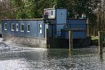Houseboat UK.jpg