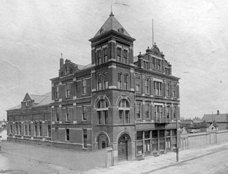 Hungarian Ohioans - Hungaria Hall on Clark Avenue