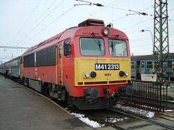 Hungarian-locomotive-m41-csorgo.jpg