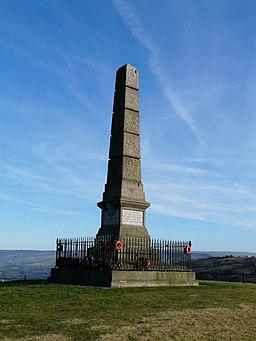 Hyde War Memorial - geograph.org.uk - 1121688