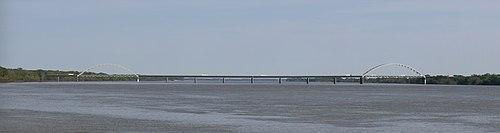 I24 bridge.jpg