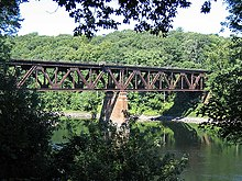 IMG 4026 Springfield Terminal railroad bridge, Deerfield.jpg