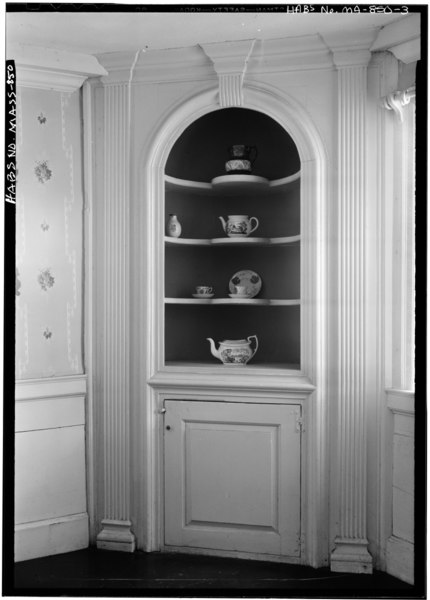 File:INTERIOR, DETAIL OF CUPBOARD, FIRST FLOOR, SOUTH ROOM - Levi and Peletiah Gilbert House, Exposition Grounds (moved from West Brookfield, MA), West Springfield, Hampden County, HABS MASS,7-SPRIFW,4-3.tif