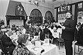 In het Amsterdamse restaurant Poort van Cleve werd een kerstmaal gevierd daarna , Bestanddeelnr 931-2220.jpg