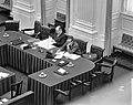 Interpellatie over de zg schrootaffaire in de Tweede Kamer , links Minister , Bestanddeelnr 910-1657.jpg