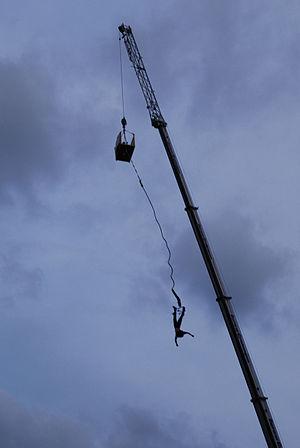 Bungee jumping podczas Juwenaliów Śląskich 17....