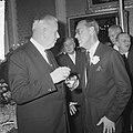 KNVB op Paleis Soestdijk ontvangen, sir Stanley Rous in gesprek met prins Bernhard, Bestanddeelnr 917-2287.jpg