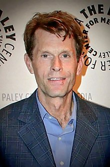 The 61-year old son of father (?) and mother(?), 183 cm tall Kevin Conroy in 2017 photo