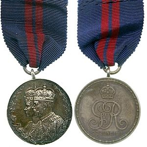 King George V Coronation Medal - Obverse and reverse of the medal