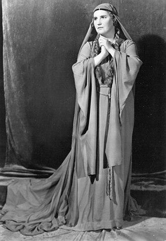 Kirsten Flagstad - Kirsten Flagstad as Isolde