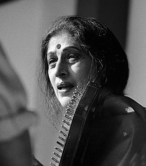 Kishori Amonkar - Vidushi Srimati Kishori Amankar performing Khayal in Bihag