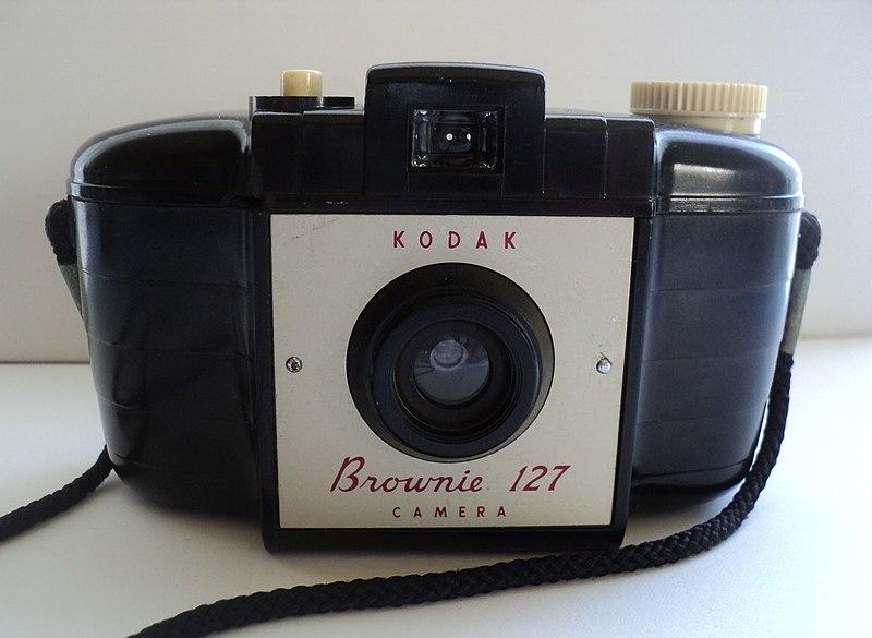 File:Kodak Brownie 127 (8068510298).jpg