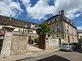 L'Hotel de Beaune - Rue Samuel Legay, Beaune (35567919481).jpg