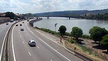 L'autoroute A7 bordant le Rhône à Valence