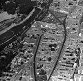 Légifotó, előtérben az Attila utca és a Szabadság út, fent a Szentháromság (Béke) tér. Balra a Sugovica (Kamarás-Duna). Fortepan 76713.jpg