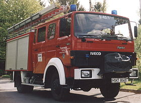 Firefighting group vehicle 16 with portable pump