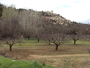 Lacoste, Vaucluse - Image: Lacoste, Vaucluse in March