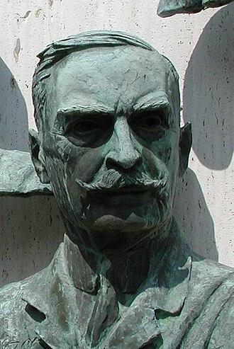 Karl Landsteiner - Landsteiner bronze bust at Warm Springs