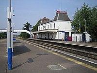 Langley Railway Station.jpg