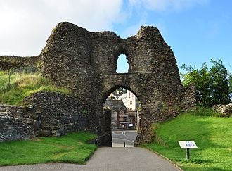 Launceston Castle - The interior face of the southern gatehouse, constructed by Richard of Cornwall
