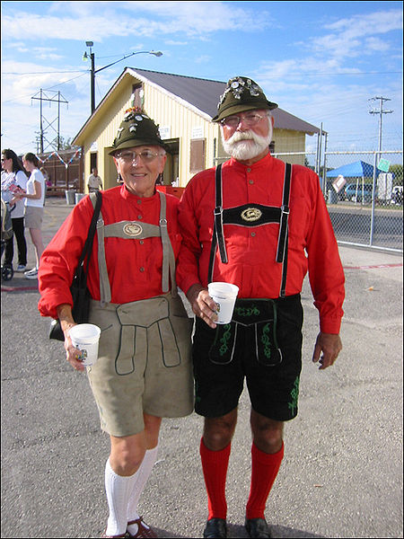 File:Lederhosen in Texas.jpg