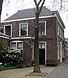 foto van Rechthoekig huis met rechte kroonlijst
