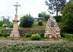 Cross and the monument to the victims of World War I