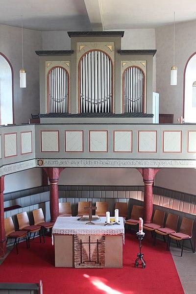 Datei:Lich-Eberstadt-ev Kirche-Kirche-Innenraum 1.JPG