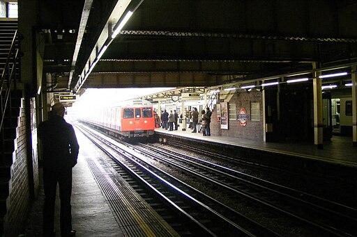London underground high street kensington