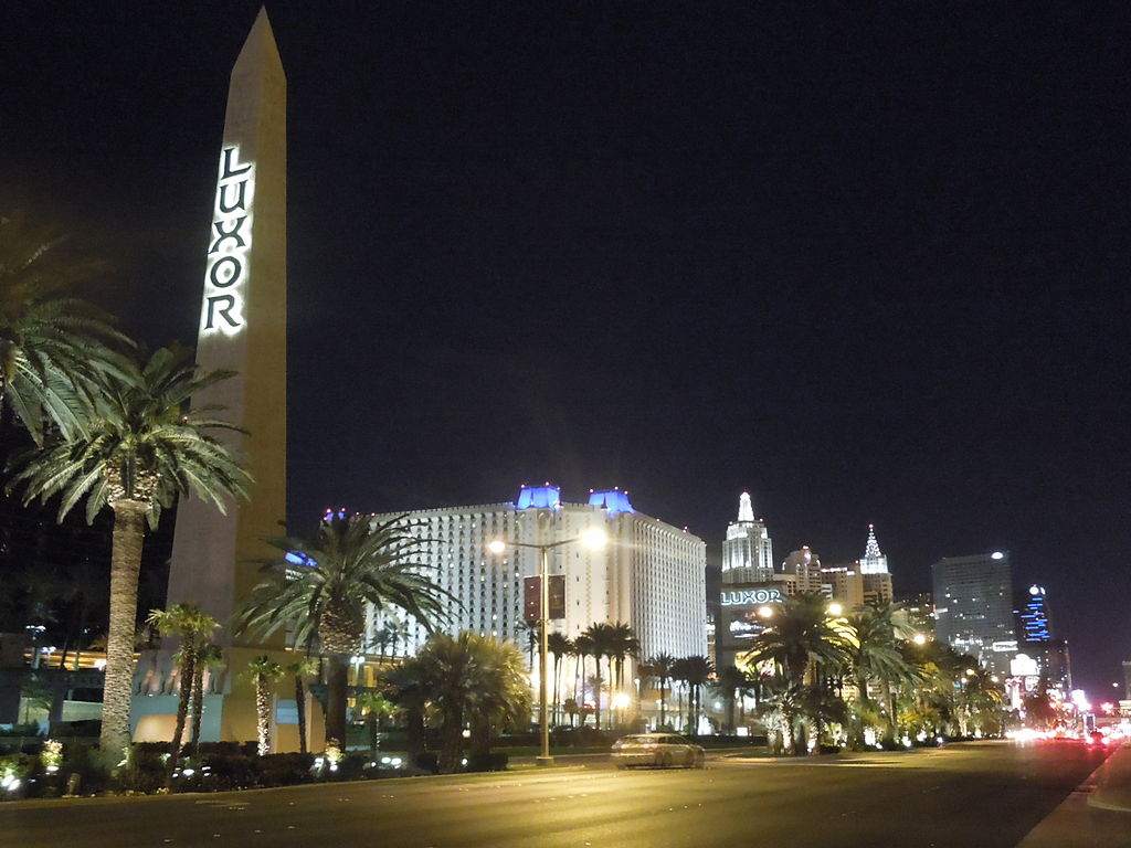 The Luxor Hotel Rooms