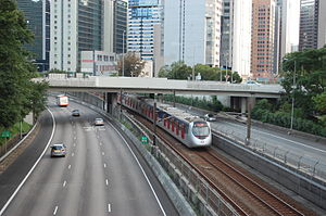 Ma On Shan Line north of Shek Mun Station.JPG