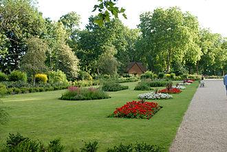 Finsbury Park - Image: Mackenzie Garden Finsbury Park