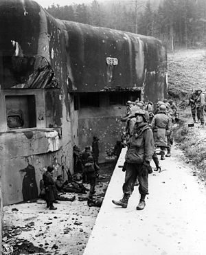 Ouvrage Hochwald - American soldiers at Hochwald West, Block 13 in 1944