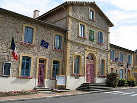 The town hall in Violay