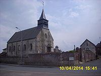 Mairie et église d'Erquinvillers.JPG