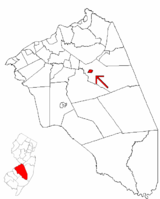 Pemberton Borough highlighted in Burlington County. Inset map: Burlington County highlighted in the State of New Jersey.