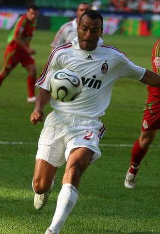 Cafu - Cafu playing for Milan
