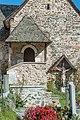 Maria Saal Karnburg Pfalzstrasse Pfarrkirche Annenkapelle Vordach 05102015 1637.jpg