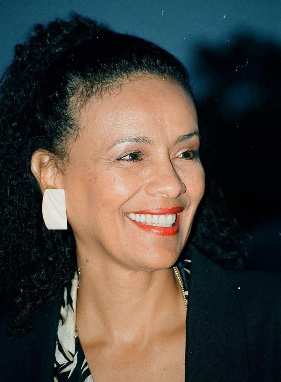 Marilyn McCoo 1996