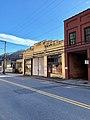 Marshall Motor Company Building, Marshall, NC (46636240062).jpg