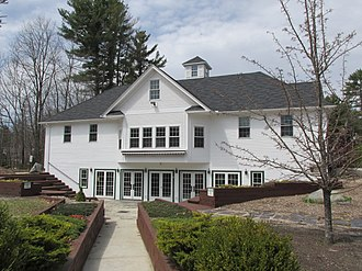 Brentwood, New Hampshire - Image: Mary E Bartlett Library, Brentwood NH