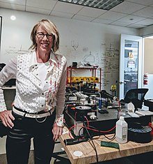 Mary Lou Jepsen in Lab.jpg