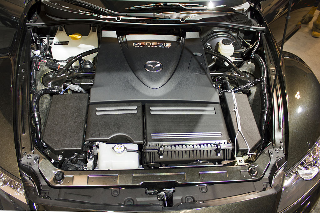 What To Use To Clean Car Engine